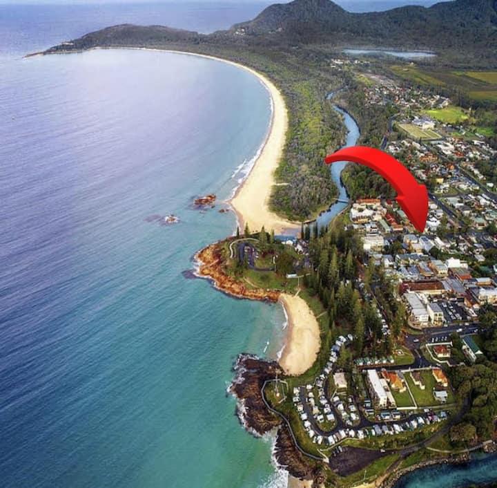 Surfs UP #1 'Cloudbreak' Beach Shack Unit@SWRs CBD