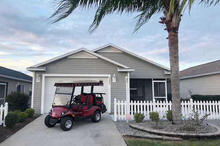 Pet-Friendly Patio Villa With 4 Seater Golf Cart