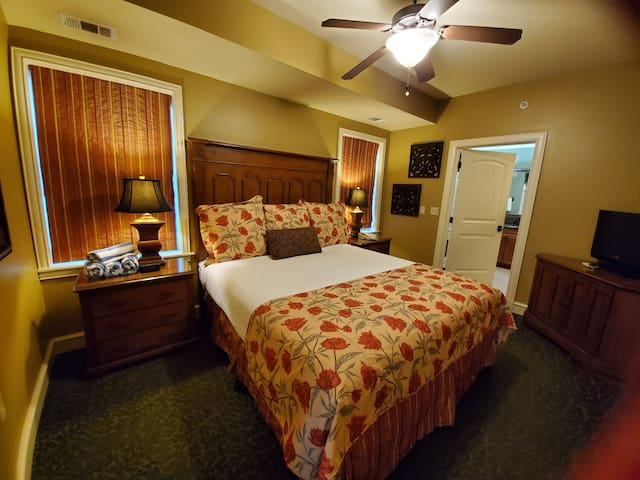 King master suite with attached bathroom.