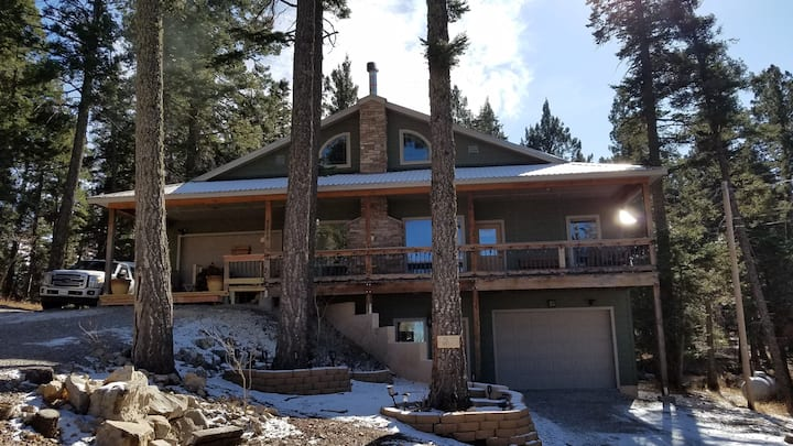 The Woodlands Chalet;  Luxury @ 9000 ft. elevation