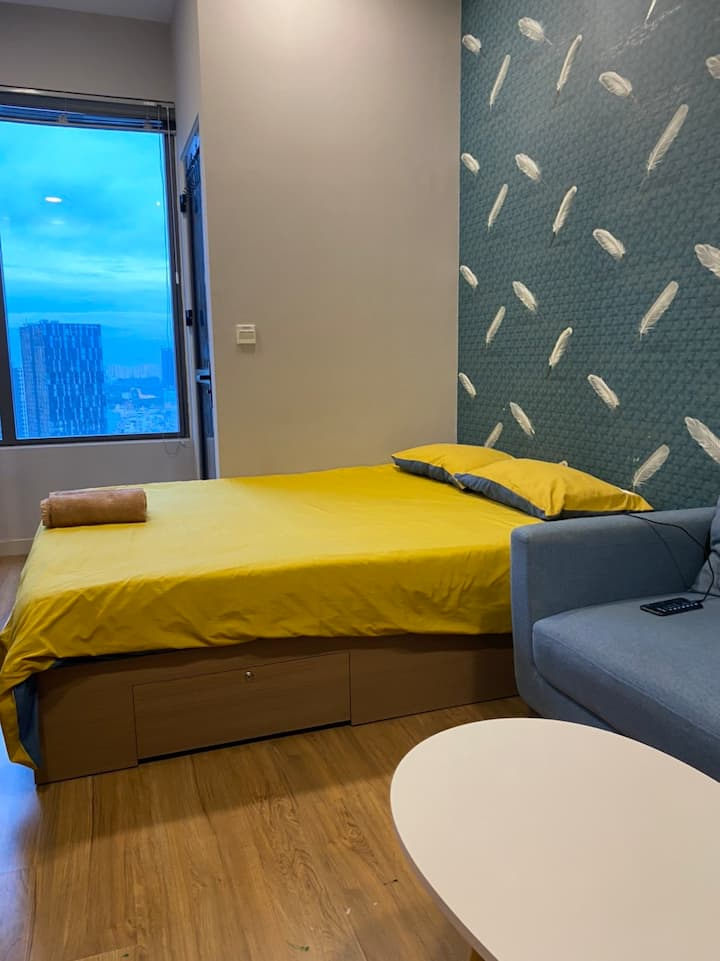 SKY VIEW APART-FREE Pool&Gym and CENTRAL location