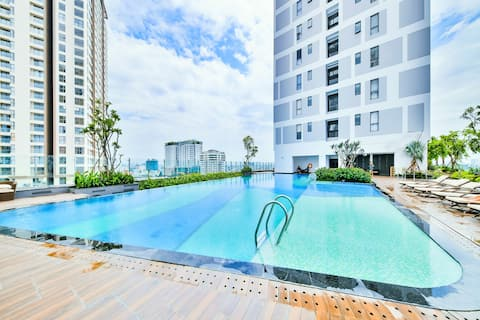 TOP FLOOR APART-FREE Pool&Gym and Central Spot