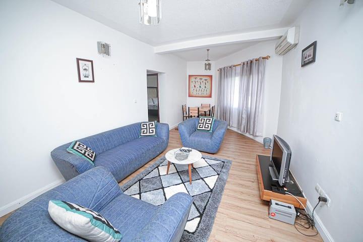 Appartements meublés 2 chambres avec petit dej