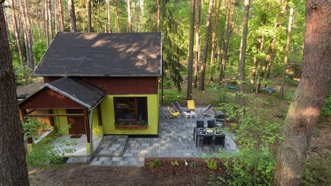 Cottage on a picturesque and quiet plot in Wilda