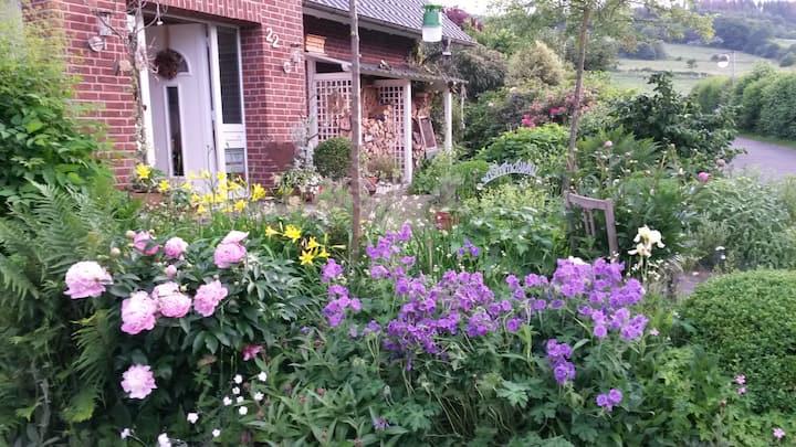 helle großzügige Zimmer m.Weitsicht, Balkon Garten