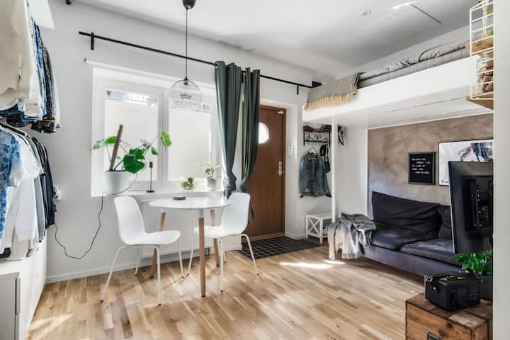 Studio apartment just outside the city centre