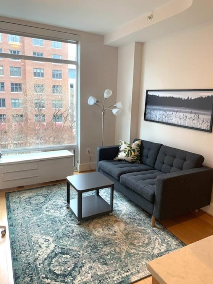 The Drake~Fully Furnished Junior One Bedroom