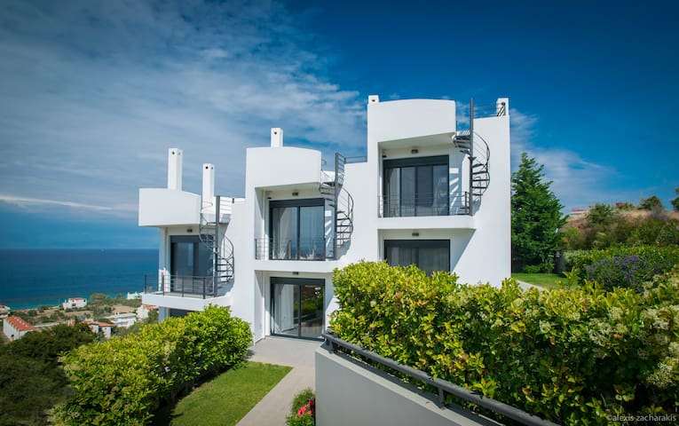 Melissi Residence with Astonishing Sew View