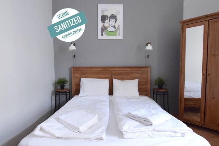 Standard Apartment by Hi5 - Vaci Street Area (016)