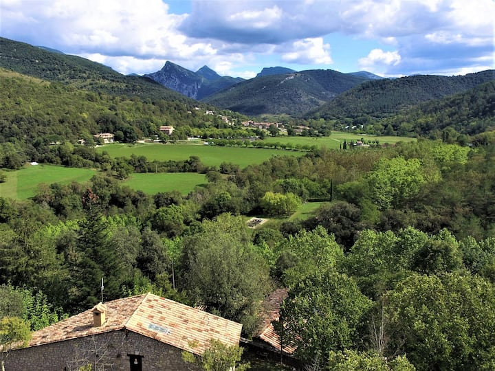 Casa Rural del segle XIII  - Garrotxa