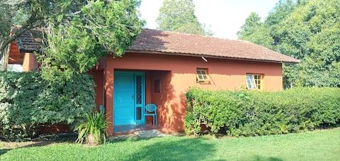 Casa em chácara São Roque piscina churrasqueira