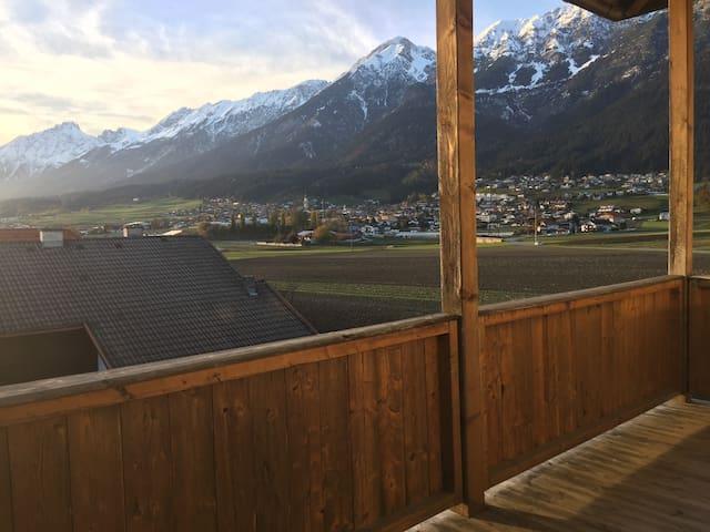 Gemütlich wohnen mit freien Blick auf die Bergwelt
