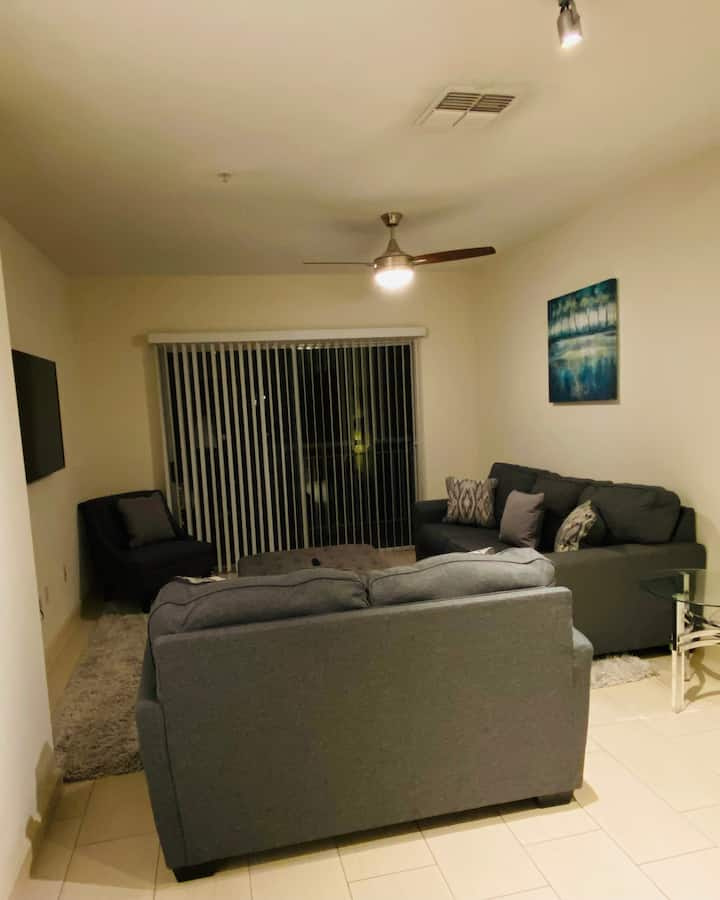 Luxury mid rise condo downtown