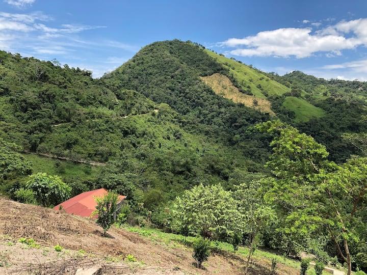 Montañas de Luz, hospedaje en la naturaleza