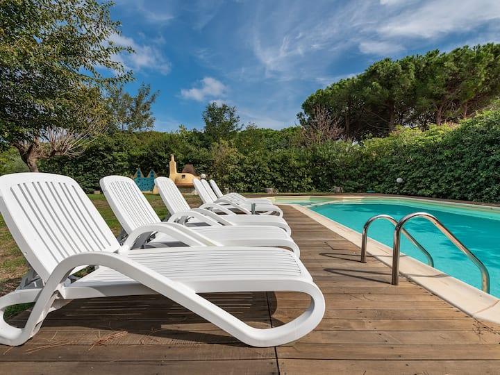 Villa Airone with private pool!