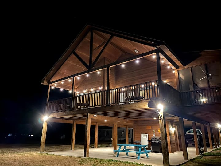 Our Stilt House at Lake Fork - 4BD & NEW Fire Pit!