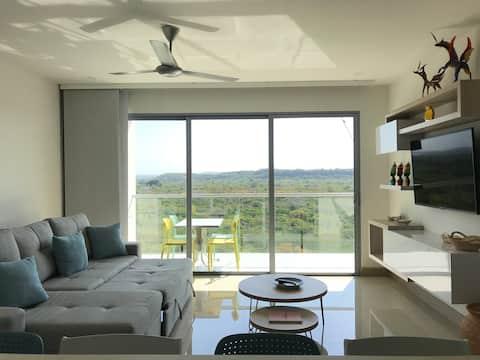 Luxury Condo, Beach, Nature and calm