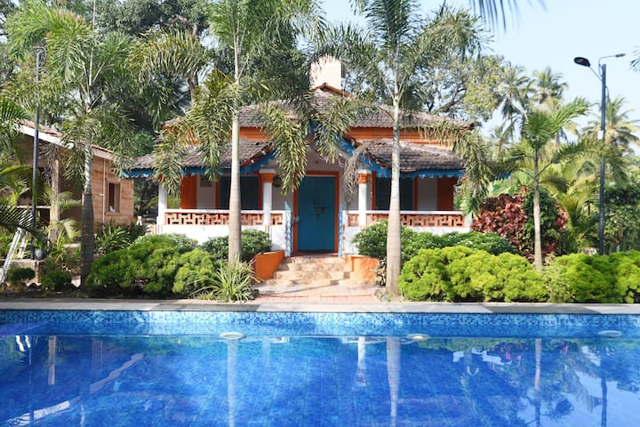 6 BR Private Villa | Pvt Pool | Kitchen | AC |Wifi