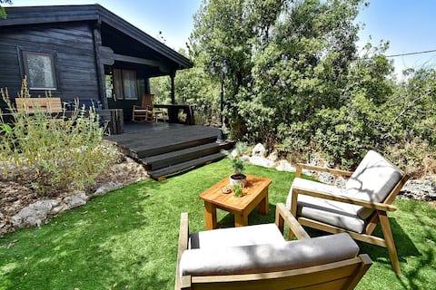 Ella's cabin- beautiful cabin with privte sauna