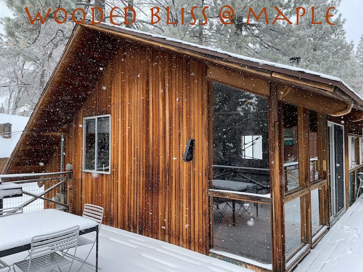 Wooded Bliss @ Maple-New owner-Back on Airbnb