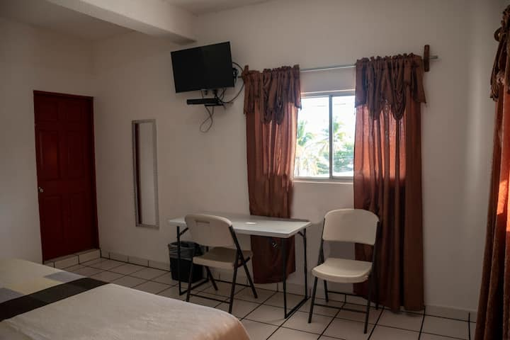 Nice apartment, good rate, close to everything!