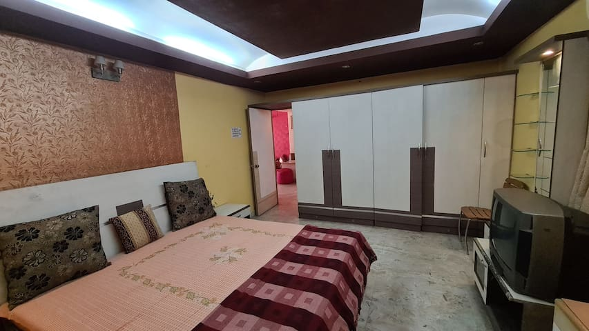 The best place to stay in South Kolkata