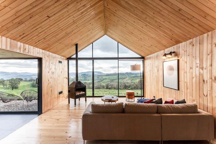 Refugio San Felipe - Minimalist Wood Shelter