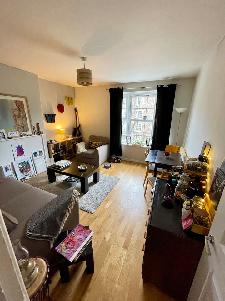 Homely two bedroom flat.