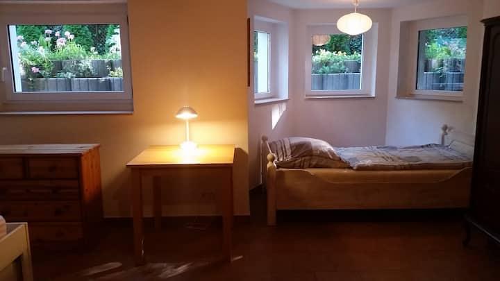 Ruhige und schöne Wohnung vor den Toren Berlins