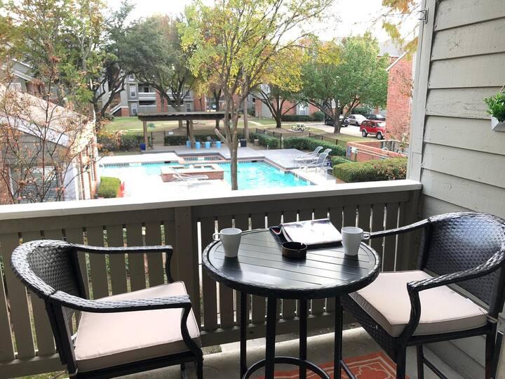O-Range Venue :  Pool view, King bed & Car garage