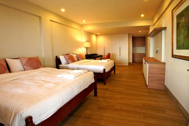 Deluxe Double Queen Room with Panoramic Taal View