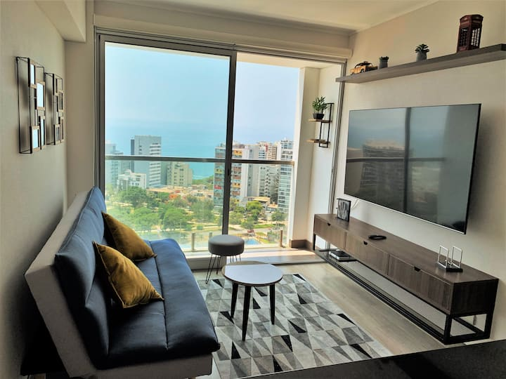 Ocean-view Rooftop Equipped Apartment by SweetHome