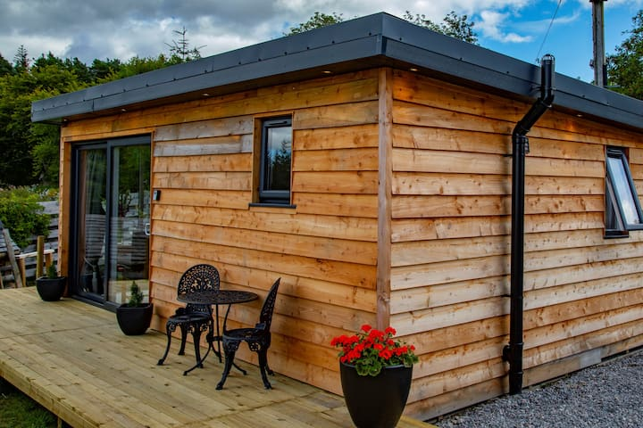 Beautiful self contained Cabin