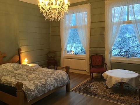 Romsleg suite i sveitservilla