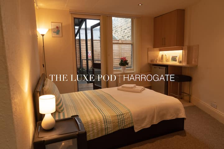 The Luxe Pod, Central Harrogate: Private Apartment