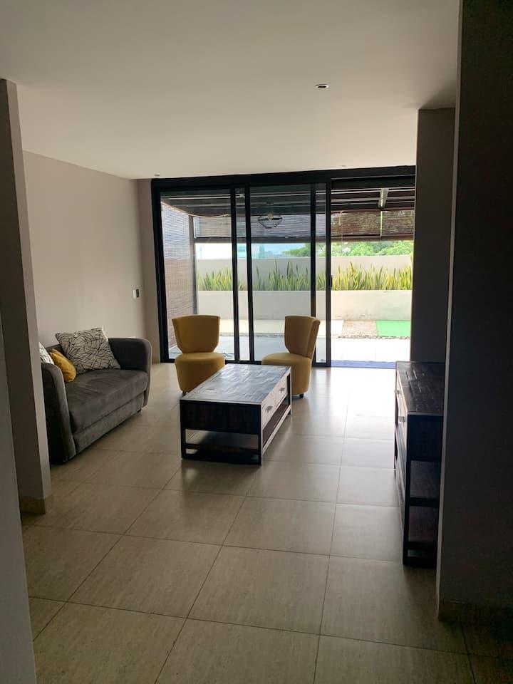 Apartamento con Terraza amplia y bella vista