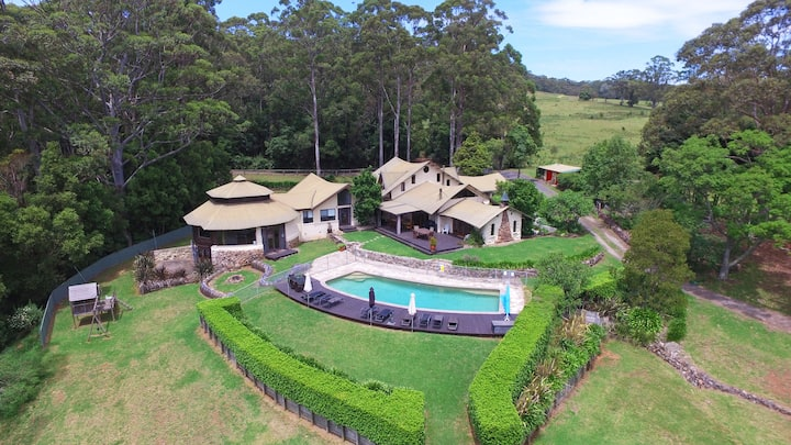 Indooroopilly - Spectacular Mountain Retreat