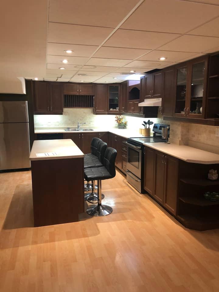 Entire guest suite seprate entrance basement aprt