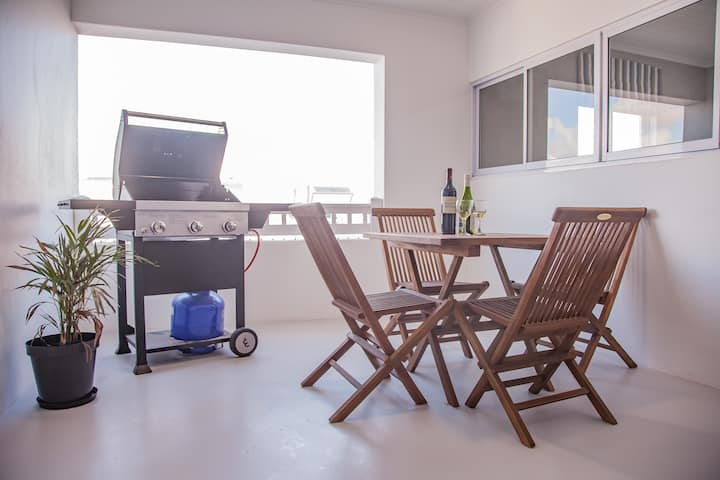 Simply Yzer: Apartment 5 No View