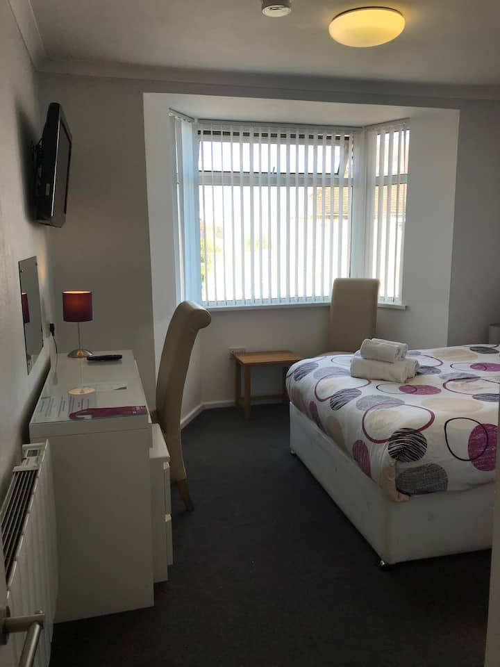 Superior Room in the centre of Cardiff