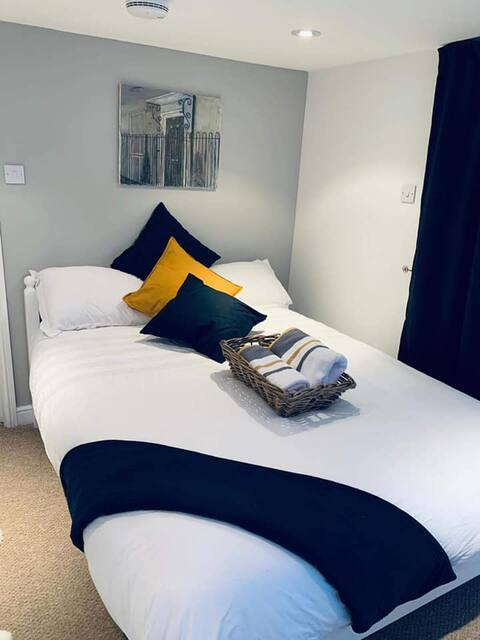 Comfy 2 Bedroom Vacation Apartment