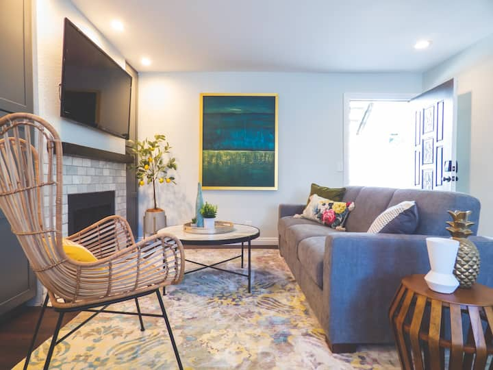 Remodeled uptown getaway for the winter