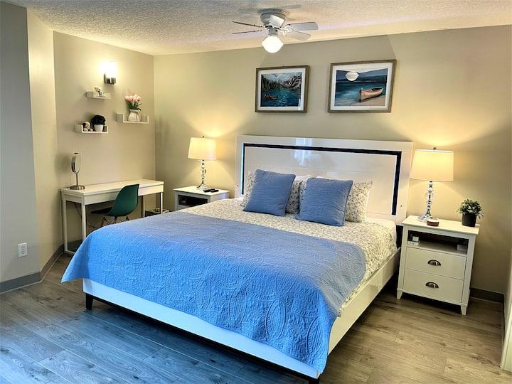 Modern Luxury yet Spacious Hotel Room 1BD/1BA/Gym