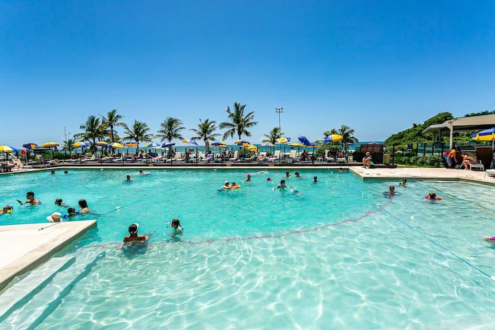 Linda suíte reformada - Resort Santinho STO1270