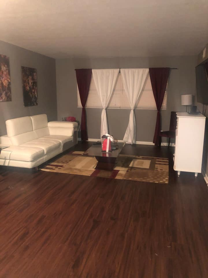 Affordable Apartment In The Heart Of Tallahassee