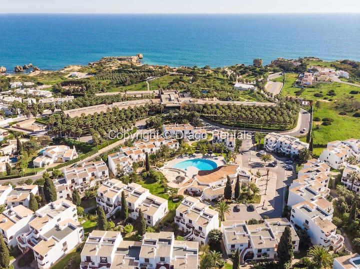 Apt. 33 | Premium Location | Beach & Swimming Pool