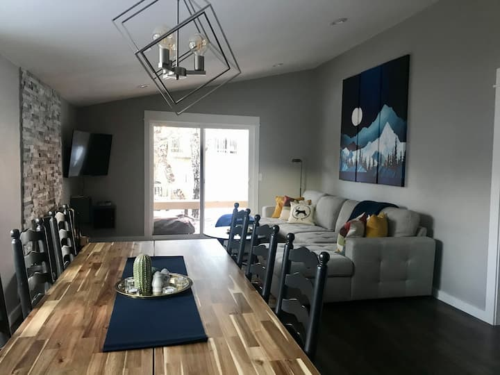 NEW listing - Modern 2 Bedroom, Pet-Friendly Condo