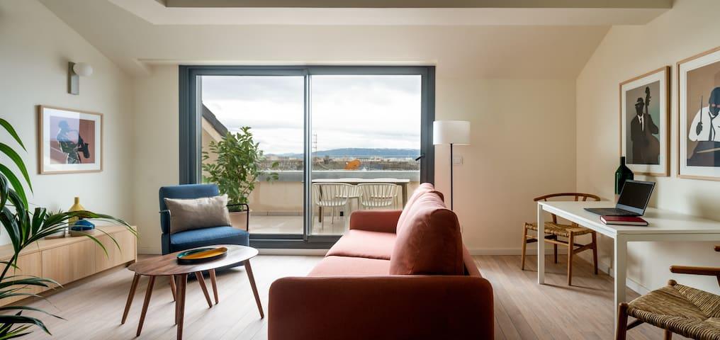 Líbere - Ático 2 dormitorios con terraza y vistas