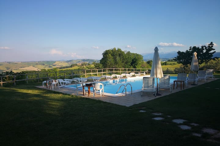 Stay in a big Farmhouse overlooking the valley