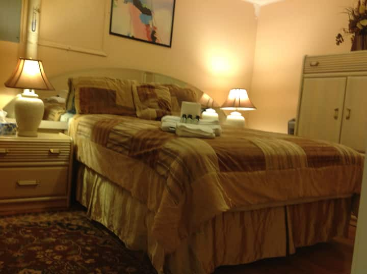 Room #2 (Queen Bed) separate entrance